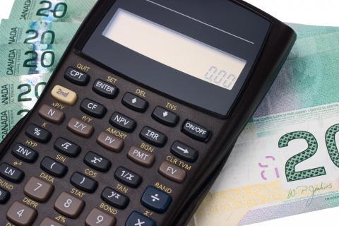 Photo d'argent et une calculatrice