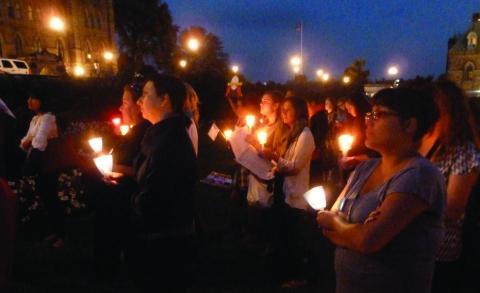 Il y a déjà plus de dix ans que des membres de l'AFPC réclament une véritable enquête sur la disparition et l'assassinat de plus de 1 200 femmes et filles autochtones depuis 1980.