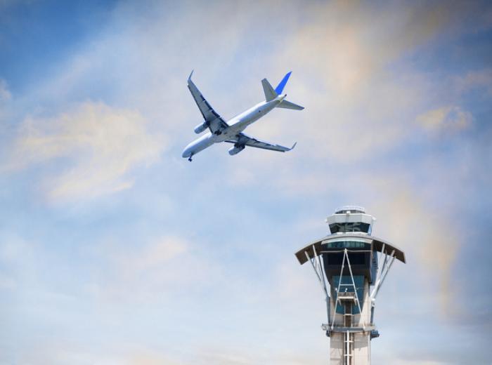 Tour de contrôle de la circulation aérienne