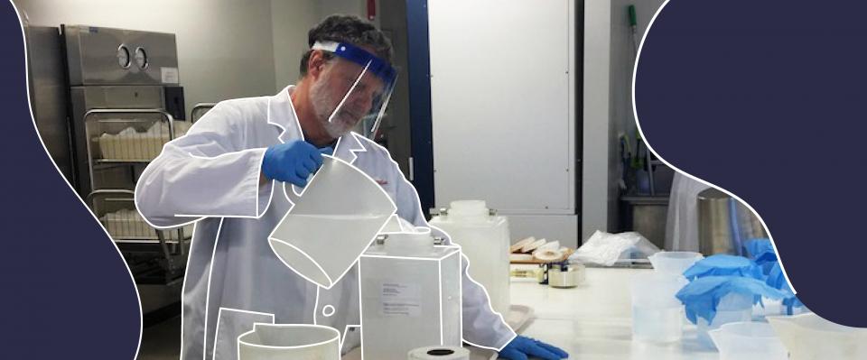 Tim Ladd, technicien de laboratoire
